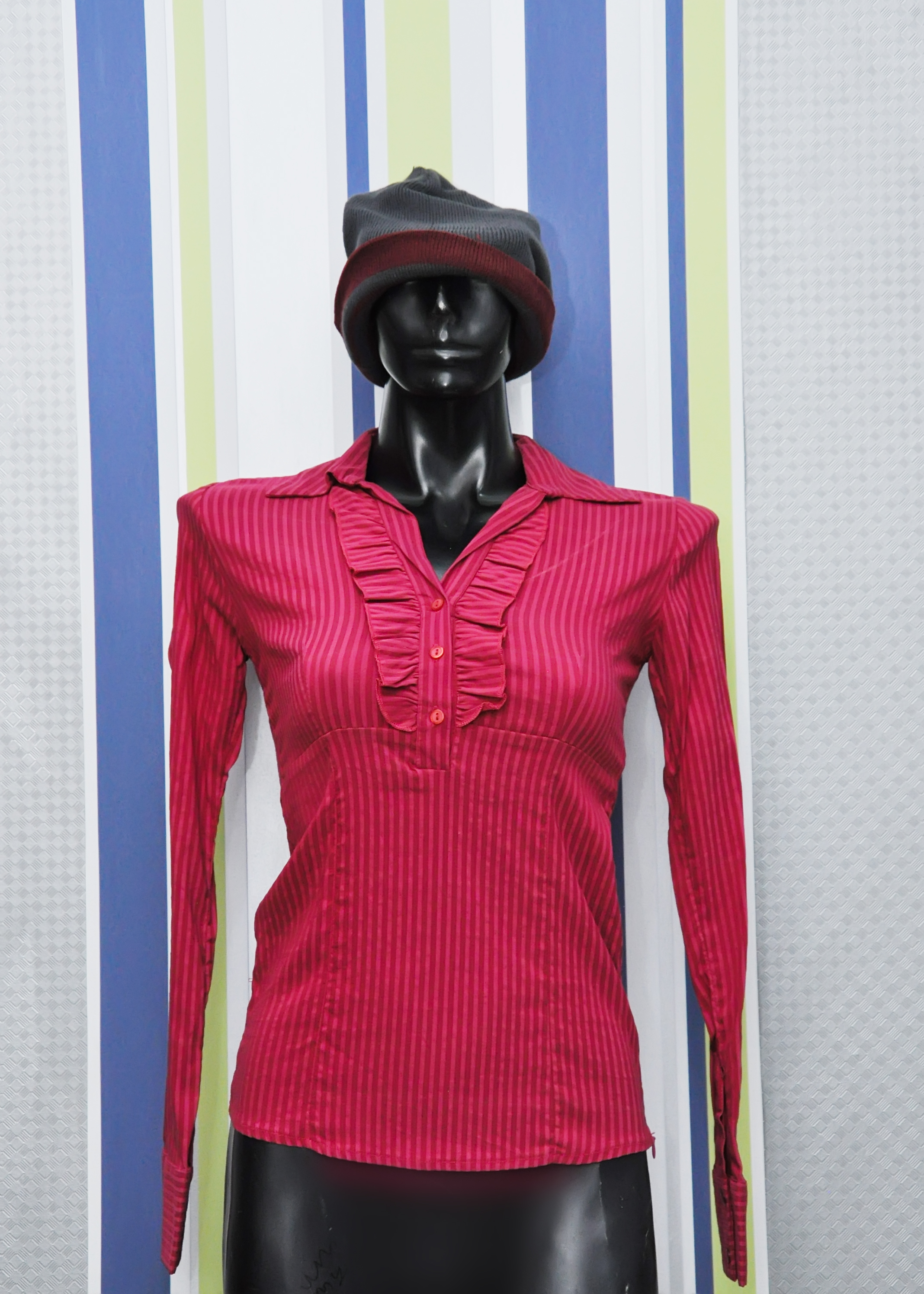 Lovely Ladies Top by Katrin